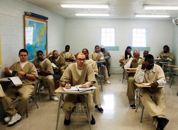 Prisons & détenus - Accompagnement & réinsertion